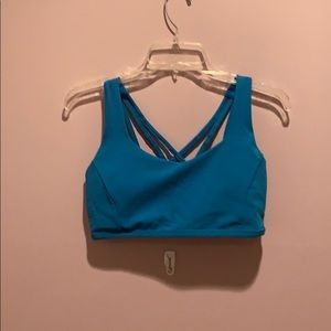 Lululemon sport bra padded with removal pads